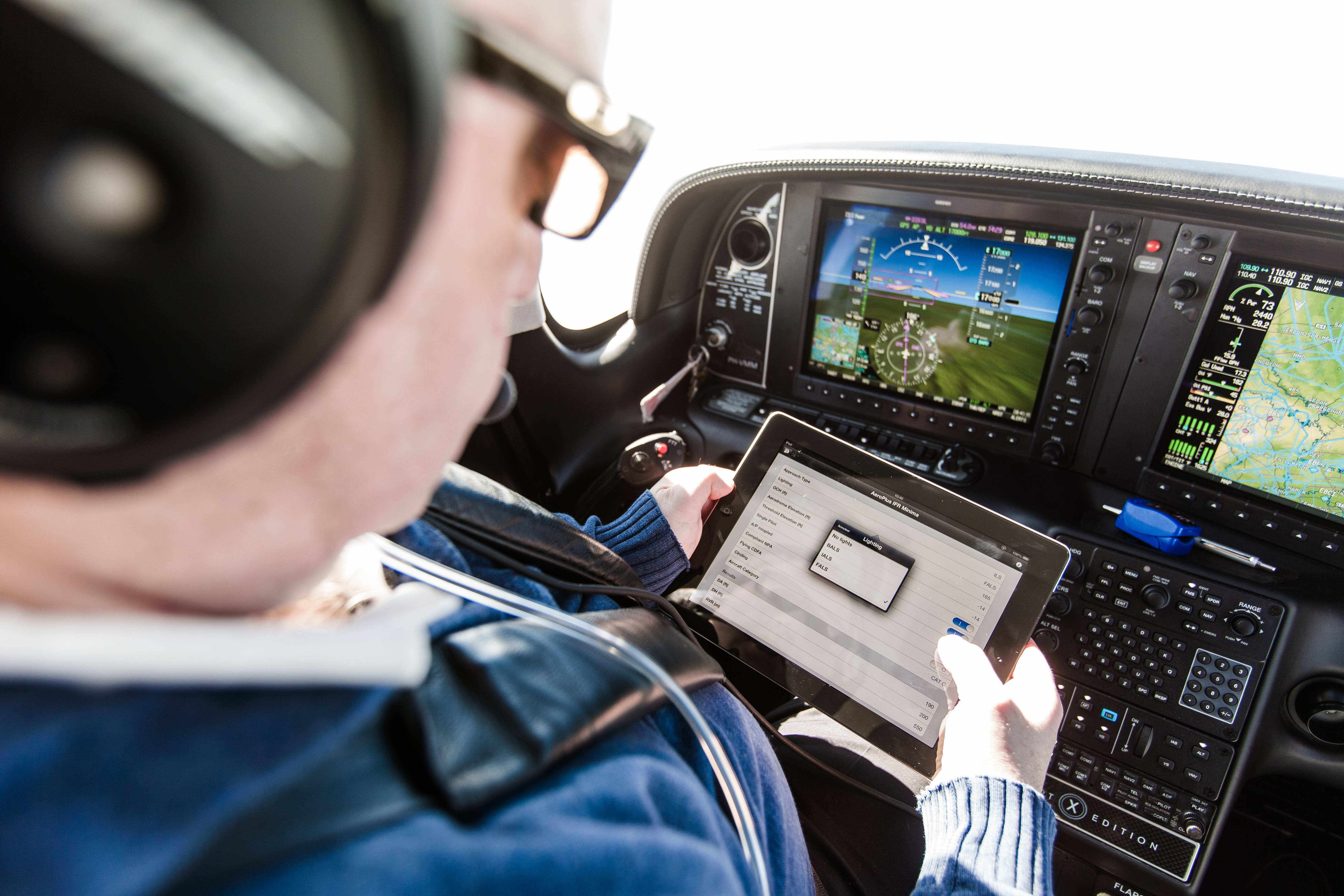 AeroPlus Flightplan app integrates with SkyDemon -